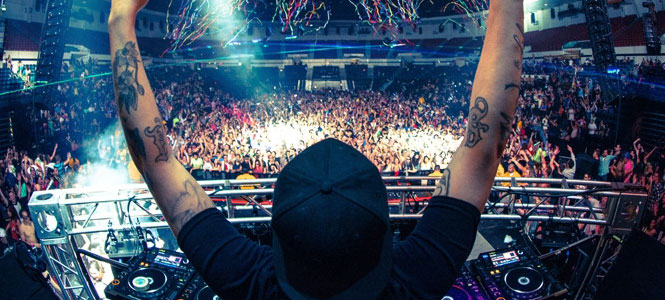 SIZE MATTERS: Steve Angello wants YOU