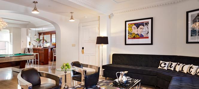 New York City: The Carlton Hotel