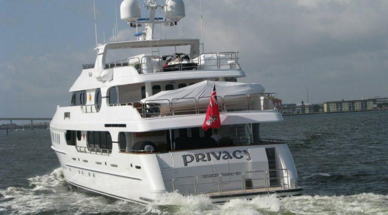"""Tiger's Mega Yacht: """"Privacy"""""""
